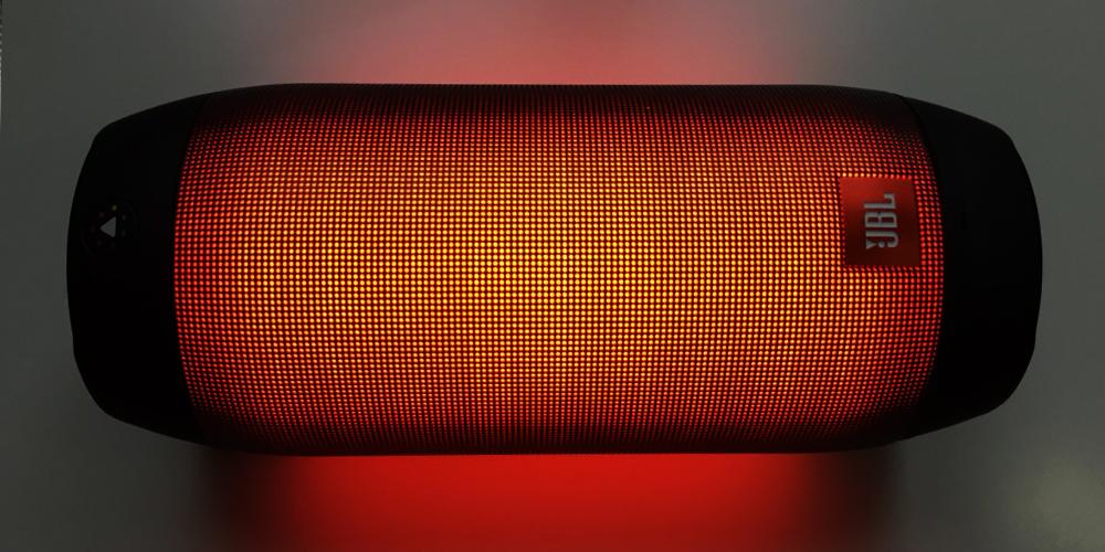 Mais le plus beau dans la JBL Pulse 2, ce sont ses LEDs.