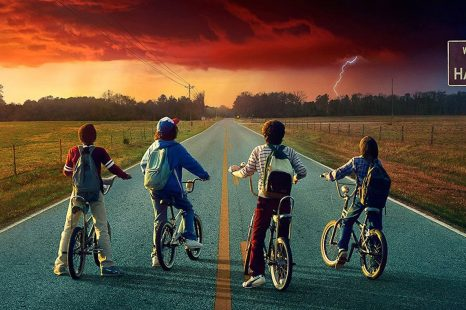 Stranger Things dévoile sa bande-annonce « Thriller »…