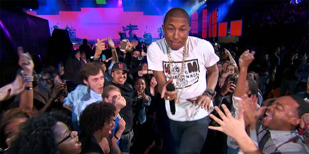 Pharrell Williams met le feu !